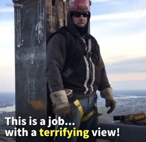 Video: Ironworkers Build Philadelphia Skyscraper