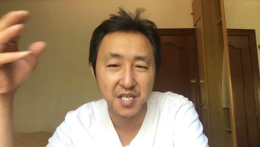 活久见,把钱捐出去了,还被骂这么惨!那位台湾艺人,我已经不忍心提名字了!