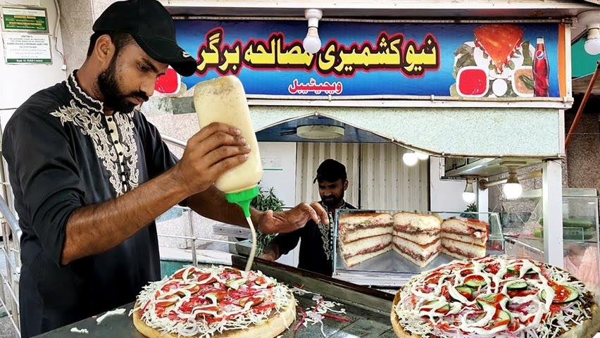Biggest 1KG Burger | Loaded Daal Kebab With Sheermal Bun | Bun Kabab at Pakistani Street Food