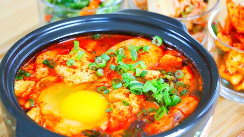 "How to Make Korean Soft Tofu Stew #Shorts ""CiCi Li - Asian Home Cooking"""