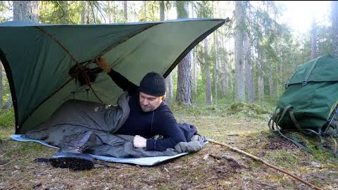 Bushcraft Poncho Tent - 3 Days Solo Overnight - Minimal Gear - Green Wood Cooking
