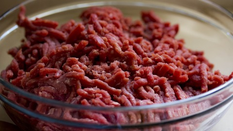 132,000 Pounds of Ground Beef Recalled After 17 People Get Sick