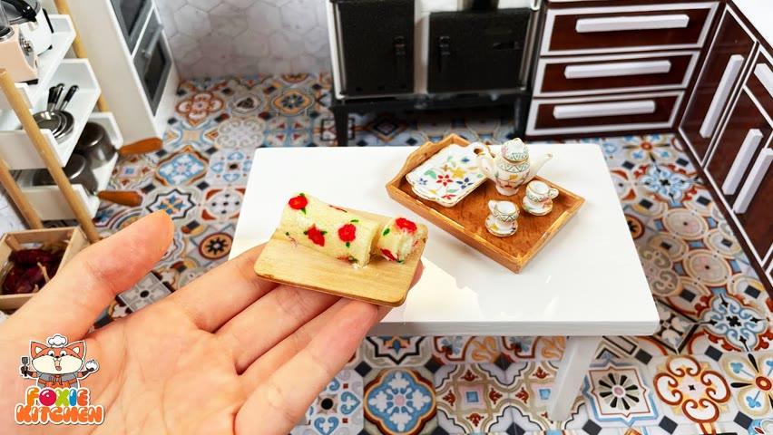 [ENGSUB] Floral Design Roll Cake   ASMR Mini Cooking