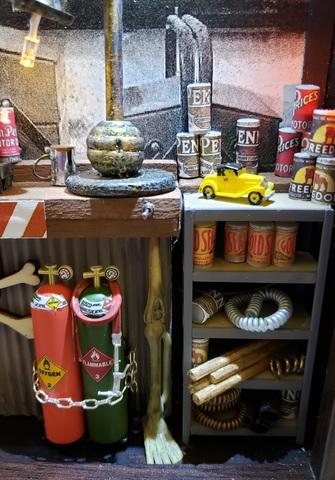 Mitis Repair Shop diorama