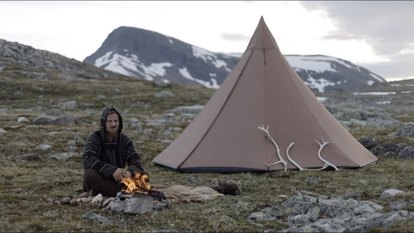Bushcraft trip - looking for reindeer antlers in the mountains
