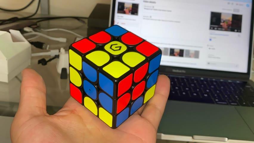 """Wrapped 2x2"" Rubik's Cube Pattern Tutorial"