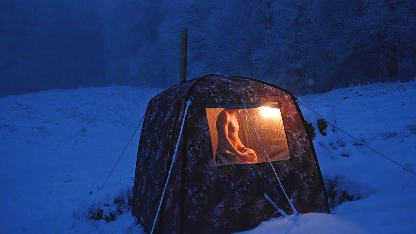 Am făcut saună iarna pe zăpadă