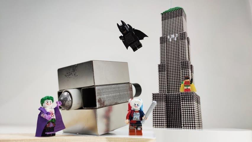 Batman's tower VS Joker's magnetic cannon   Magnetic Games