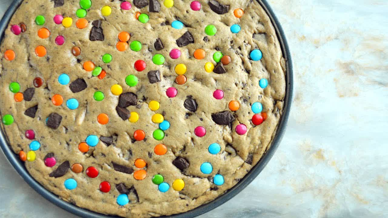 Giant Chocolate Chip Cookie   Birthday Cake   Mamagician