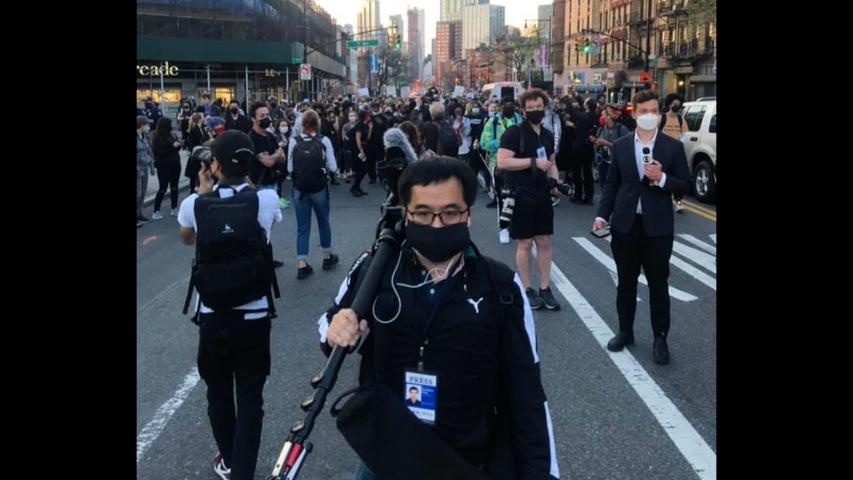 台灣在沒疫苗下如何自保 只戴口罩接觸破萬美國人 前線攝影師經驗談