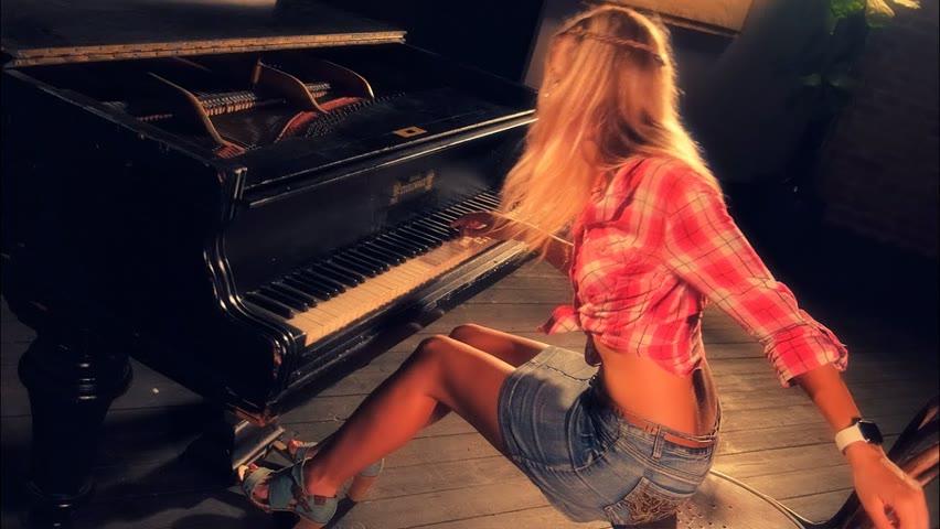Kansas - Carry on Wayward Son (Piano cover)