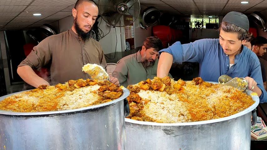 Street Food Chicken Biryani | Nonstop Degi Biryani Selling | Most Famous Street Food Chicken Biryani