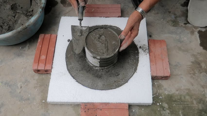 Pot Casting Project - Tip Build a Cement Pot With Plastic Chair And Styrofoam For You