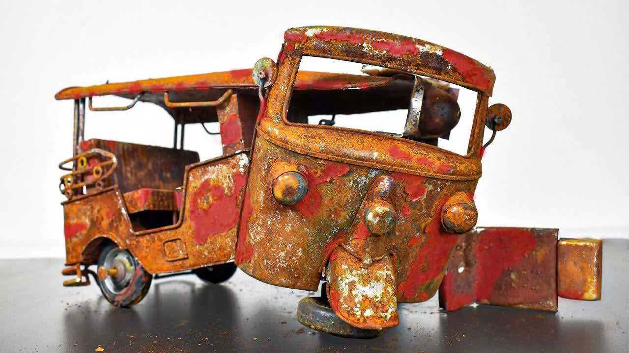 Restoration Rusty Tuk Tuk - Model Car