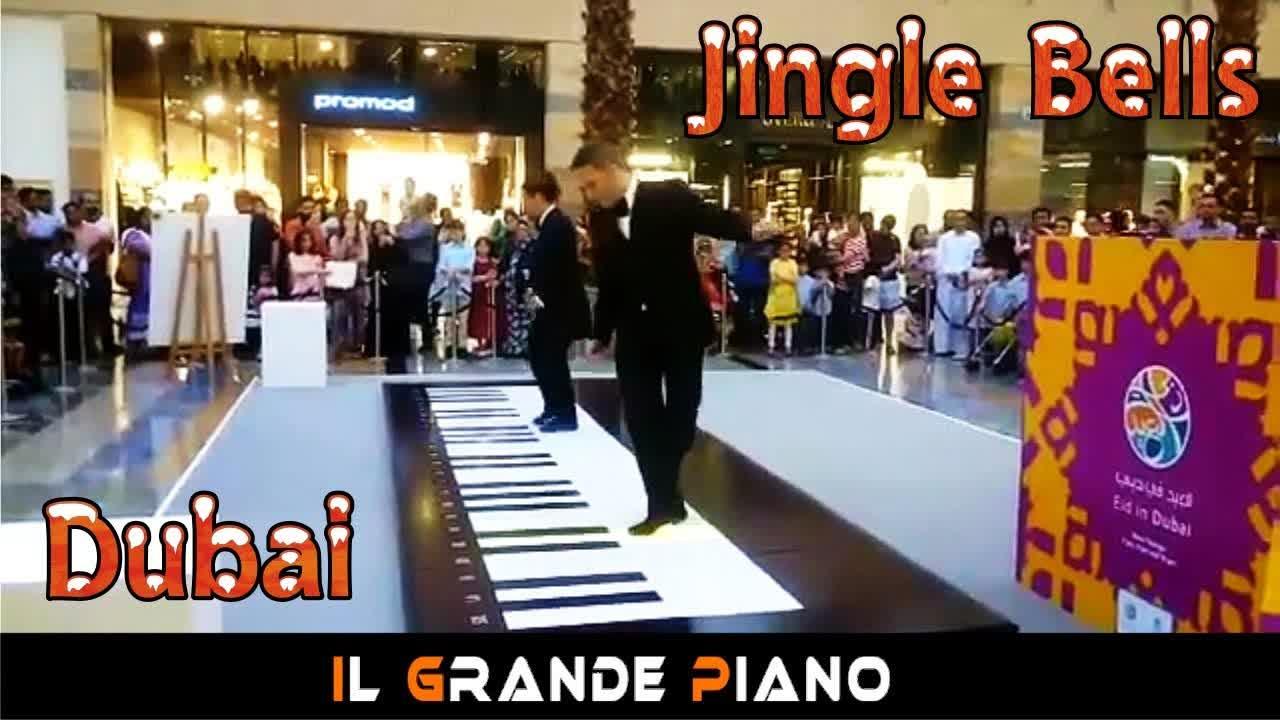 #iGrandePiano - Jingle Bells  - Dubai