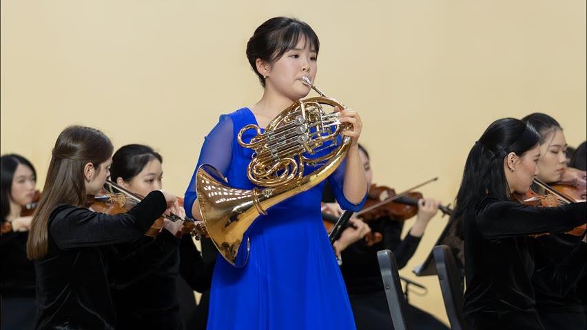 Shen Yun Creations: Mozart - Horn Concerto No. 3 in E-flat Major, K. 447