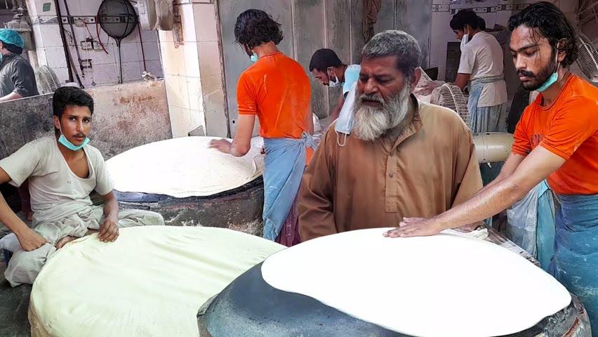 LARGEST RUMALI ROTTI MAKING | Manda Sheets | ROLL SAMOSA PATTI | Ramadan Street Food