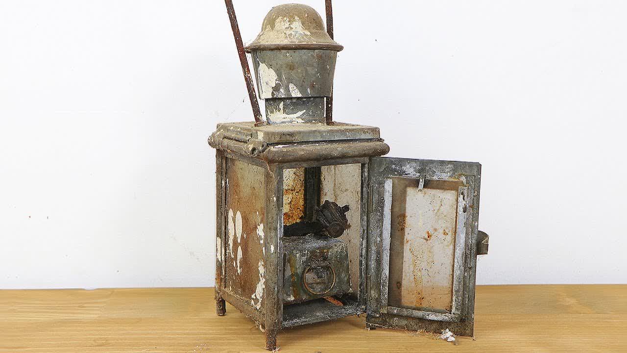 100 Years Old Abandoned Lantern Restoration