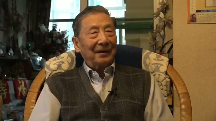 大陆著名经济学家#茅于轼 宣布退党,接受採訪,笑談#中共惡政 。
