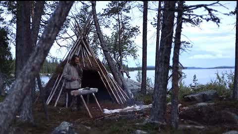 Bushcraft trip - making tripod, table and amadou tinder - permanent tipi camp series - [part 5]