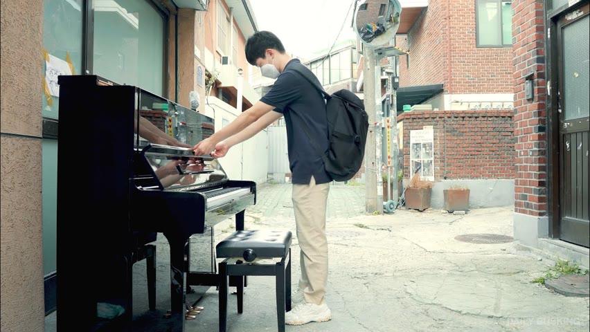 길가다가 안쓰는 피아노 있길래 즉흥으로 캐논 쳐봤는데 레전드 나옴 ㄷㄷ