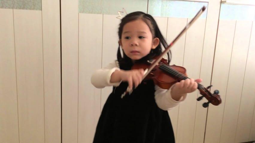 Vivaldi Violin Concerto a minor 1st Mvt. (Suzuki Violin 4)