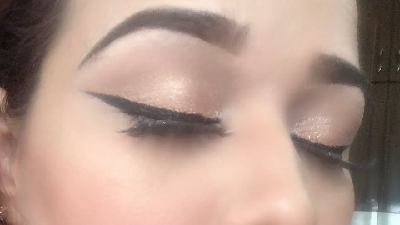 How to apply eyeliner like a pro   Instaglam Makeovers by Mubeen