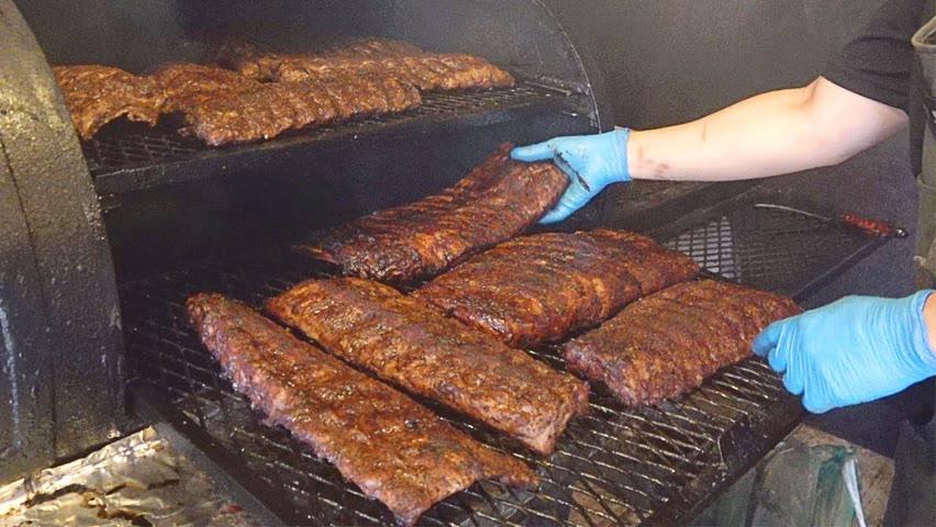 미국인도 극찬하는 이태원에서 맛보는 찐 텍사스 바베큐! 풀드포크, 브리스킷, 스페어립 / Texas BBQ Pulled Pork, Brisket, Spare Ribs