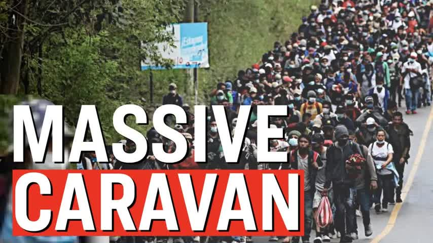 FOOTAGE: Caravan Fights With Border Police; 9000 Migrants Headed to US | Facts Matter