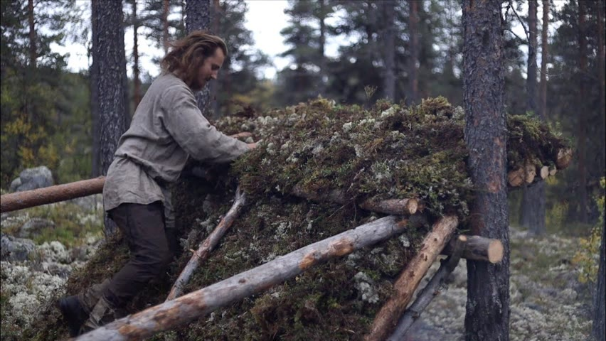 Bushcraft:  How to make a lean-to shelter from only natural materials - survival shelter