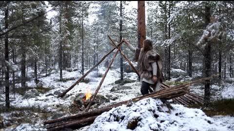 Bushcraft trip - snow, making tipi, reindeer sleeping bag, cooking meat on hot stone etc.