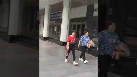 共魔祭百年,北京城草木皆兵,全網停售菜刀。它們為何怕的肝兒顫?它們都怕成這樣子了,老百姓還怕什麼???