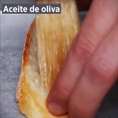 Tomate y albahaca Crostini