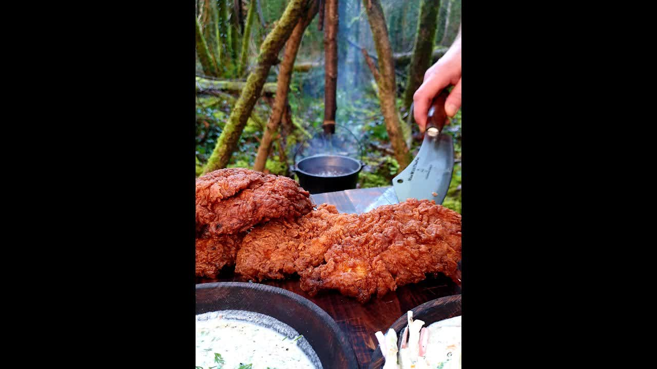 Fried Chicken!!!!! Wait for the Crunch🔥🙌