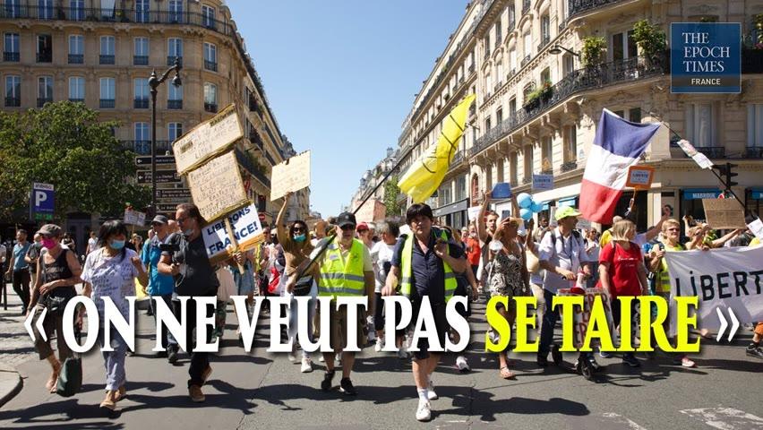 « On se bat pour la liberté et on ne va rien lâcher » | Manifestation anti passe à Paris, le 14 août