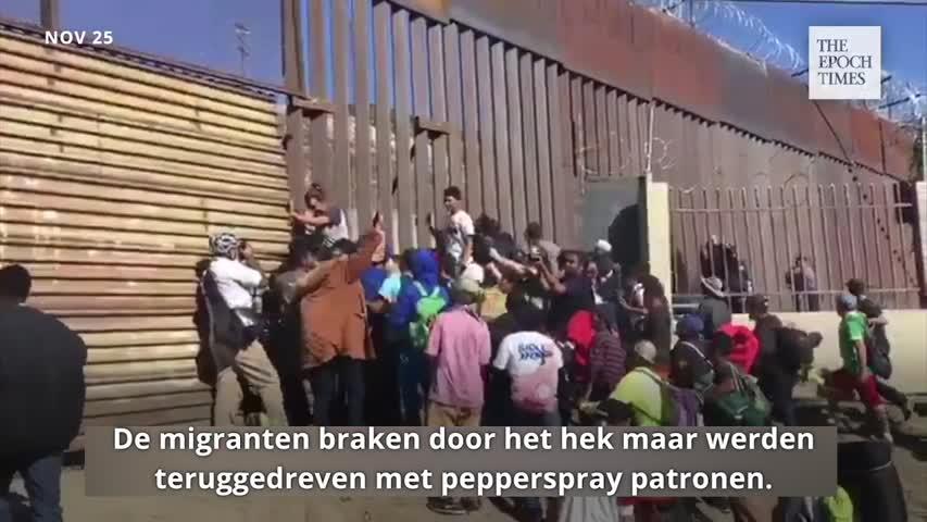 Migrants rush border fence_Dutch subs